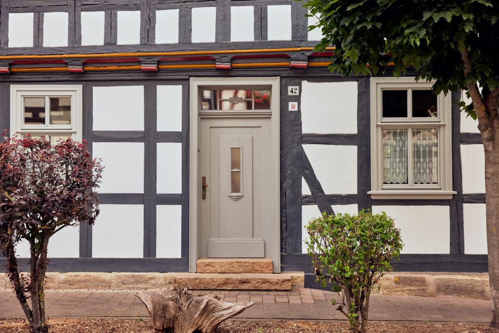 saniertes Fachwerkhaus in Wanfried (Foto: Niko Martin / thegood.media)